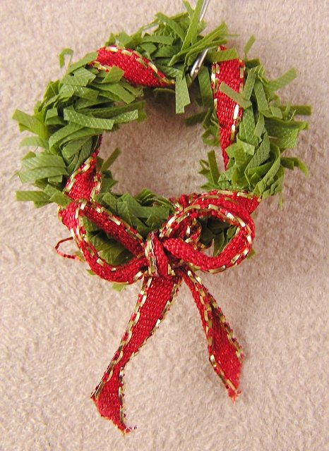 Small Scale Wreath