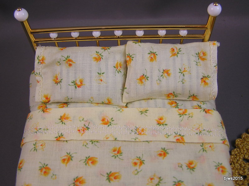 Yellow Roses Sheet Set, Dollhouse Twin Size - Click Image to Close