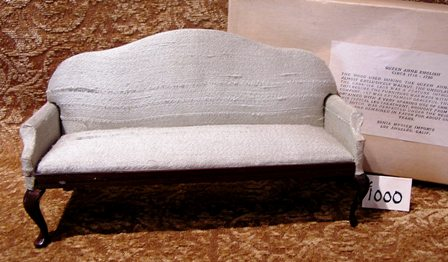Queen Anne Colonial Sofa #1000