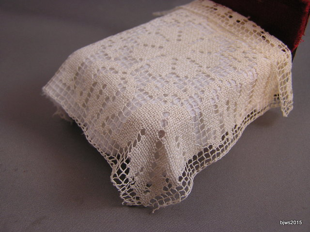 Net Lace HS Bedspread or 1:12 Tablecloth