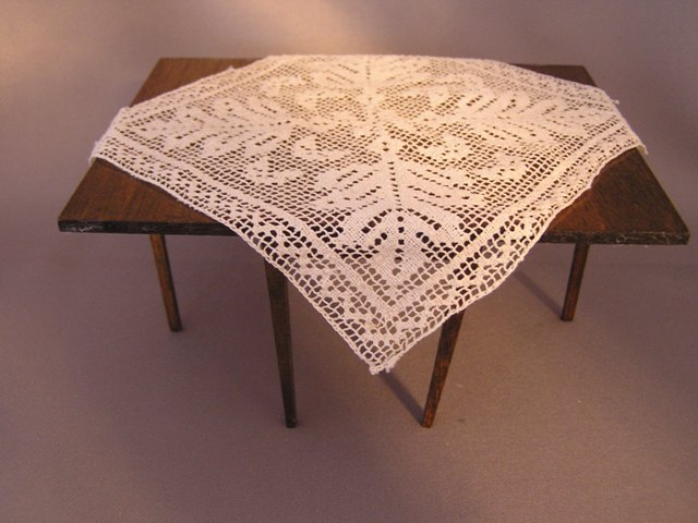Filet Lace Table Topper