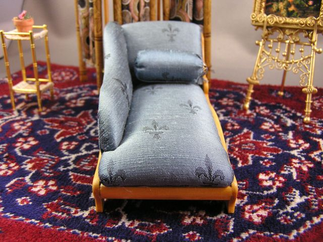 Chaise with Silk Upholstery and Pyrography Decoration